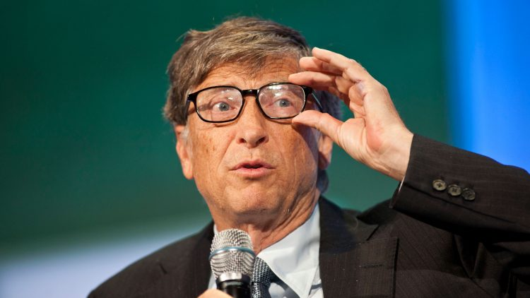 Bill Gates recommends a book by Técnico alumnus to understand Artificial Intelligence