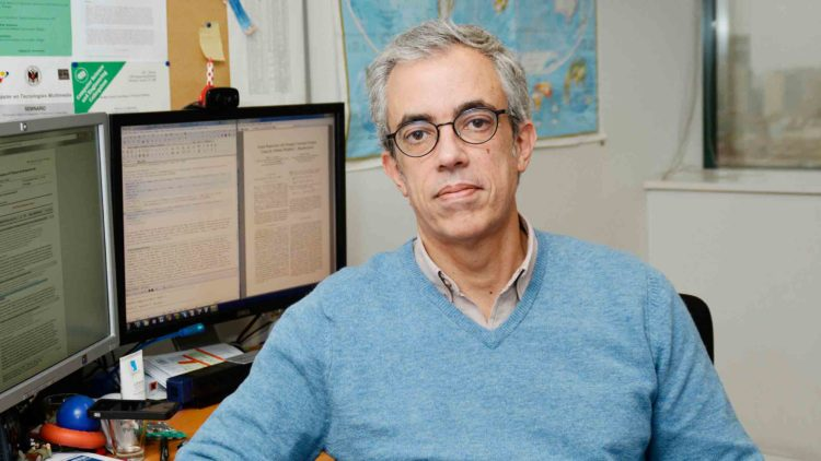 Técnico professor receives IAPR Pierre Devijver Award