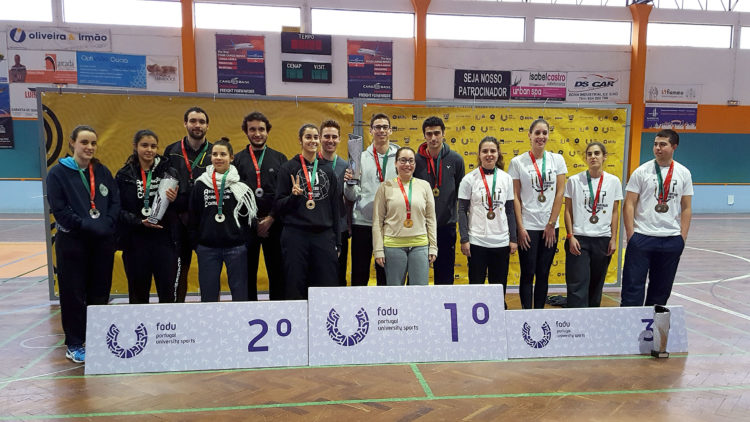 Técnico students win their second national university badminton championship