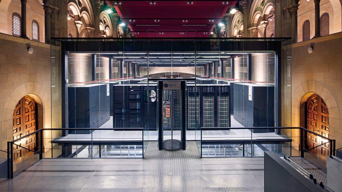 Supercomputador durante 45 milhões de horas ao alcance de equipa do Técnico
