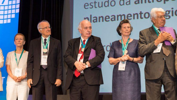 Quatro personalidades com ligação ao Técnico distinguidas com a Medalha de Mérito Científico