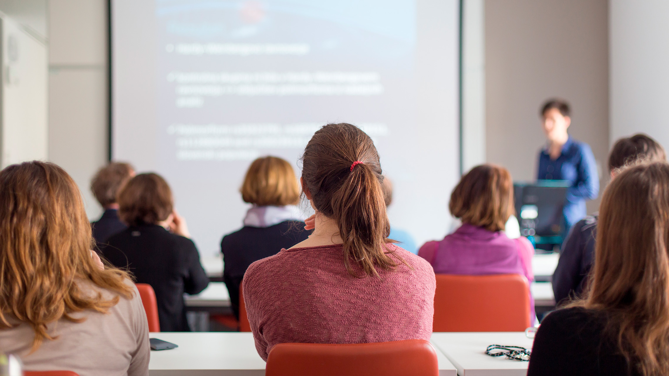 a discussion on online lecture notes for universities
