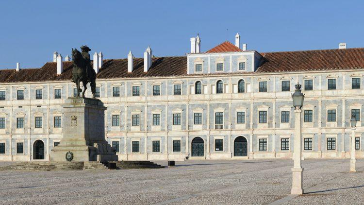 """""""O Paço Ducal de Vila Viçosa"""": Exhibition of Works"""