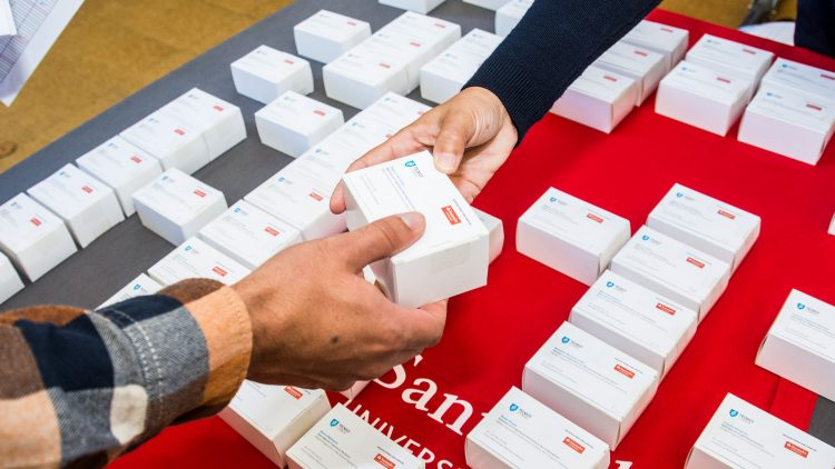 Técnico Business Cards handed out to final year students are increasing