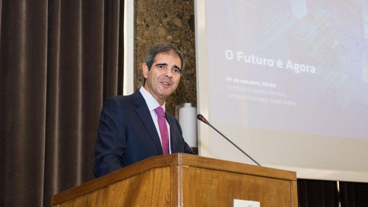 Técnico e Santander promovem iniciativas com vista para o futuro