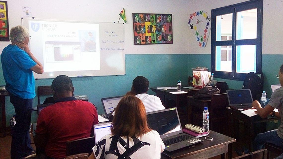 """Project """"Rede Pêndulo Mundial"""" reaches a school in Sao Tome and Principe"""