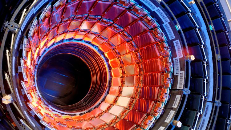 Course on Physics at the LHC
