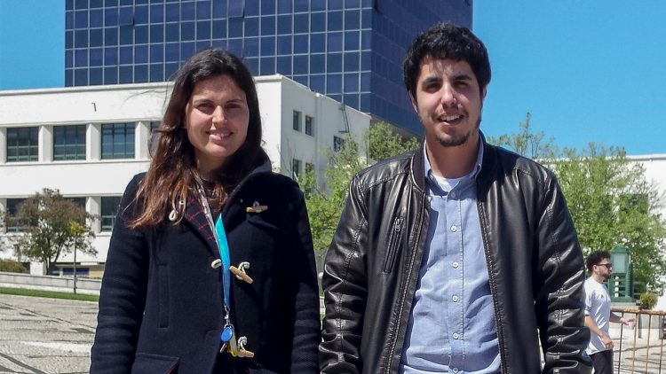 Travel Grant para dois alunos de Doutoramento do Técnico