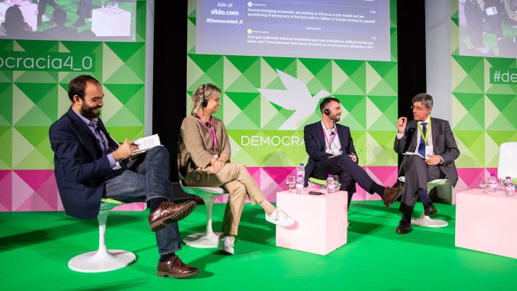 """Conference """"Democracia 4.0"""" focused on Artificial Intelligence"""