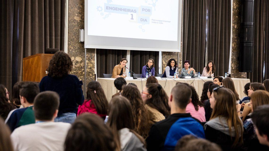 """Successful final seminar of the project """"Engenheiras Por Um Dia"""""""
