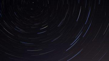 Time lapse de um céu estrelado