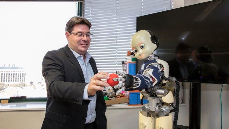 Técnico recebe visita do Ministro da Ciência e Tecnologia de Israel