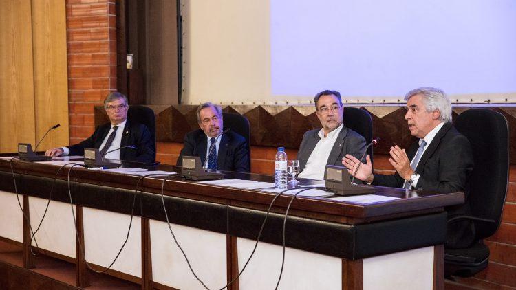 Sessão promove o sucesso e benefícios do Curso de Especialização em Engenharia e Gestão