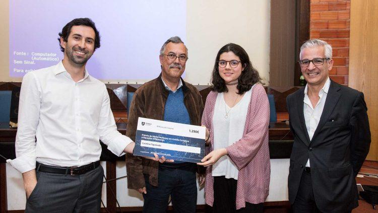 Aluna de Engenharia Física Tecnológica vence prémio de Mérito McKinsey