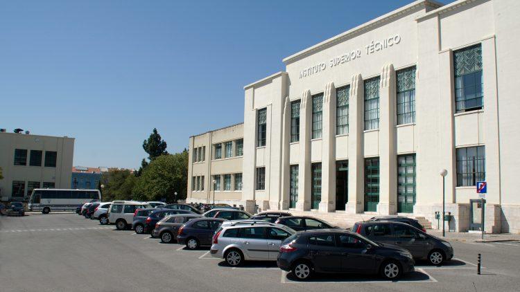 Candidaturas a Estacionamento do Campus Alameda 2019/2020 – até 13 de outubro