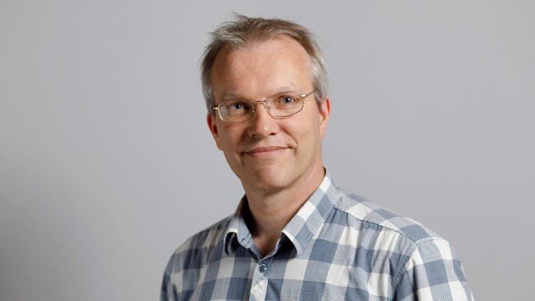 Colóquio de Física – Jan Martin Pawlowski