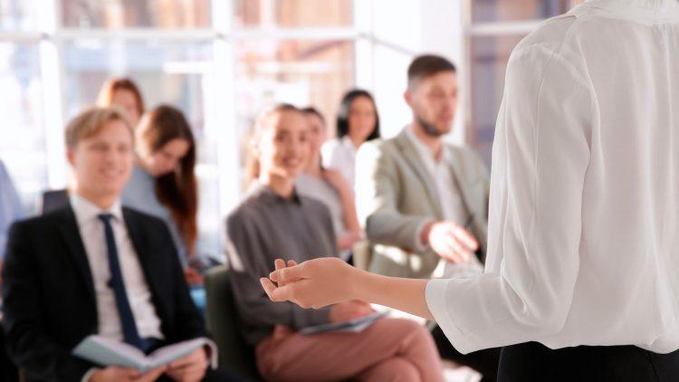 Sessão de Apresentação: Como é um dia de trabalho na McKinsey?