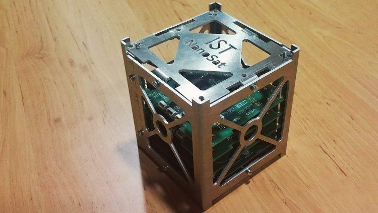 ISTSat-1 vence prémio de investigação da ANACOM