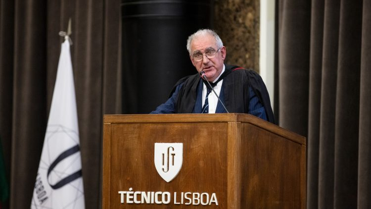 Academic jubilee of professor Luiz Braga Campos