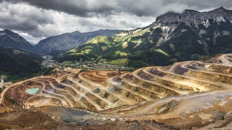 Mestrados Internacionais em Engenharia de Minas: Minerais para a Ação Climática