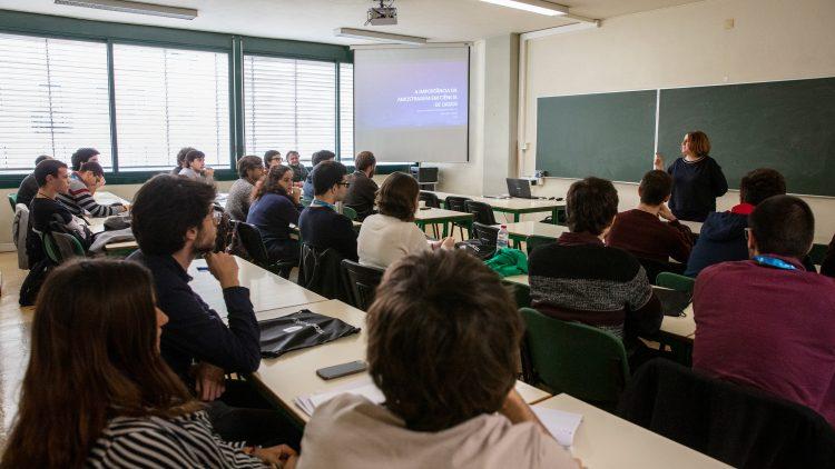Escola de Inverno de Matemática: um porto de conhecimento para os apaixonados pela área