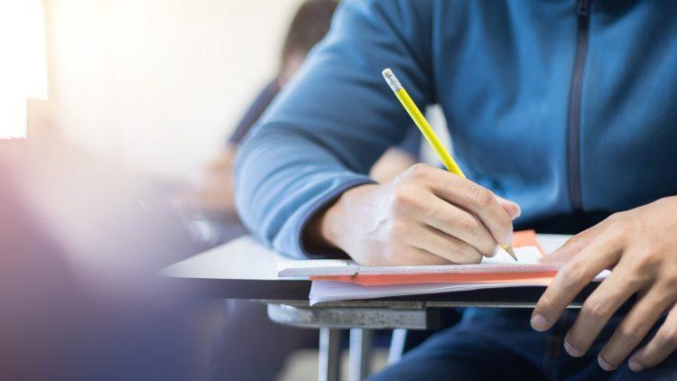"""Iniciativa """"Skills 4 pós-Covid – Competências para o futuro"""" (Sessão Online)"""