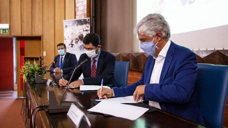 Novabase e Técnico renovam parceria