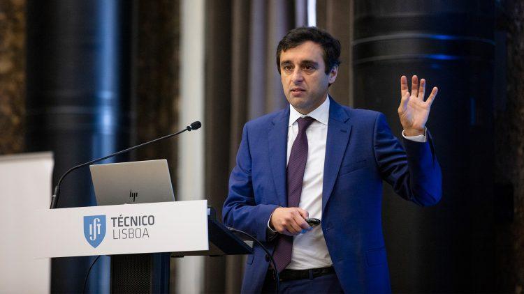 Professor Mário Silveirinha eleito 'fellow' de duas importantes sociedades científicas americanas