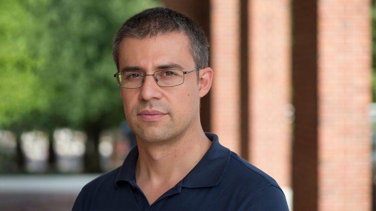 Seminário Matemática, Física & Aprendizagem Automática – Mauro Maggioni
