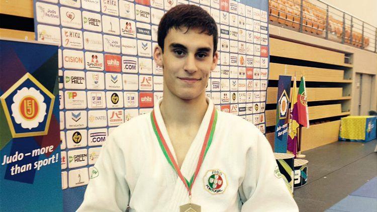 Aluno do Técnico sagra-se tricampeão nacional de judo