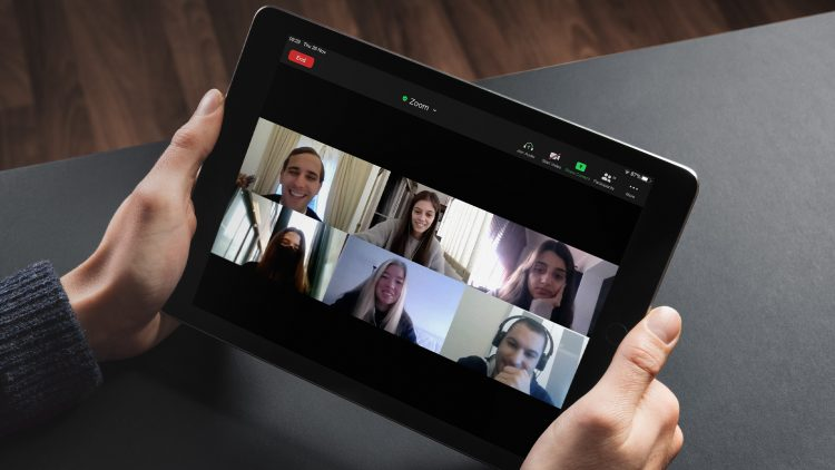 Talent Search Meeting com a Kearney ajudou a derrubar mitos em torno do mundo da consultoria