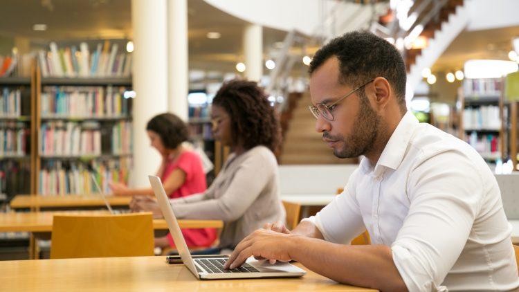 Conhecer os serviços da Biblioteca do Técnico