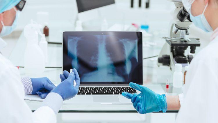 Investigadores do Técnico e do INESC-ID desenvolvem sistema de Inteligência Artificial que deteta COVID-19 em raio–X ao tórax