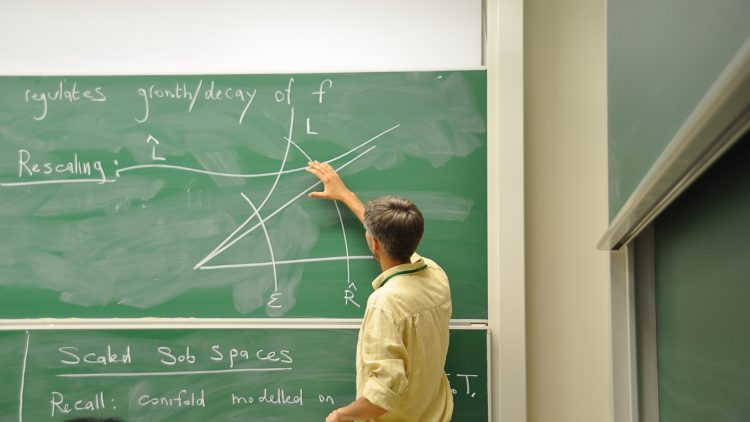Geometria em Lisboa Seminar – Tommaso Pacini