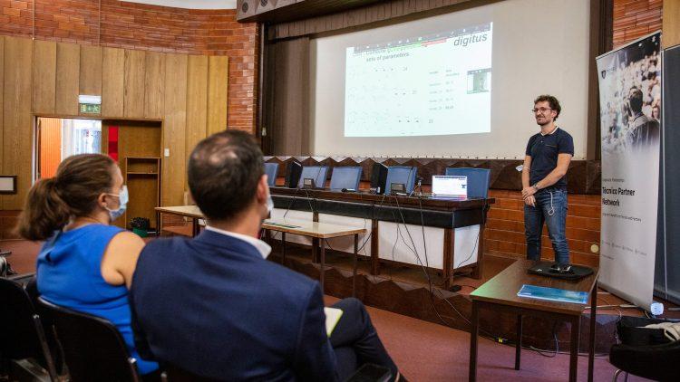 Melhor projeto desenvolvido na unidade curricular de Aprendizagem distinguido pela Everis NTT Data